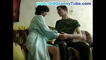 Fitness Mom & Step Son Massage - Billi Bardot - Step Family Therapy
