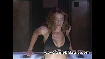 Celebrities Denise Richards & Neve Campbell Wild Things Sex Scenes (1998)